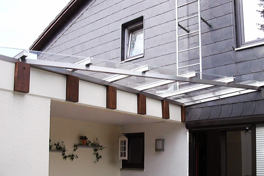 k.b.metall-design GmbH   Vordächer